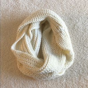 Abercrombie and Fitch infinity scarf